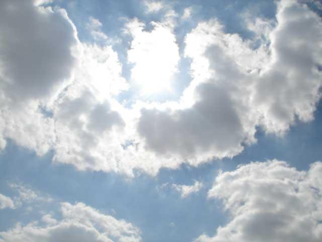 sol_tras_nubes.jpg